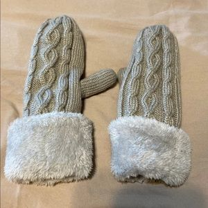 Mittens gloves